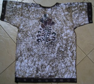 KarieNa art Batik t-shirt back side